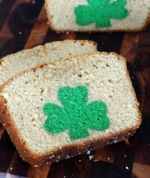 st_patricks_day_peek_a_boo_pound_cake_31