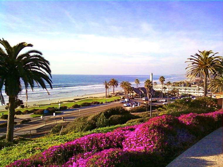 Del-Mar-CA-Villa-with-Access-to-LAuberge-Hotel-Beach-View-1