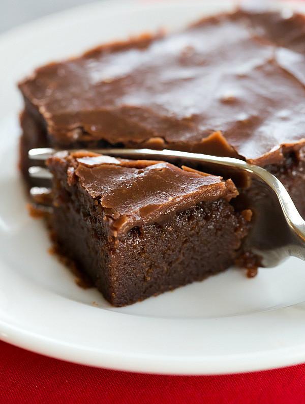 coca-cola-chocolate-cake-26-600-600x794