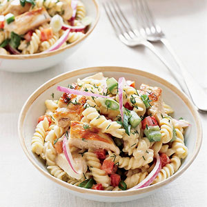 grilled-chicken-pasta-salad-R100604-ss.jpg