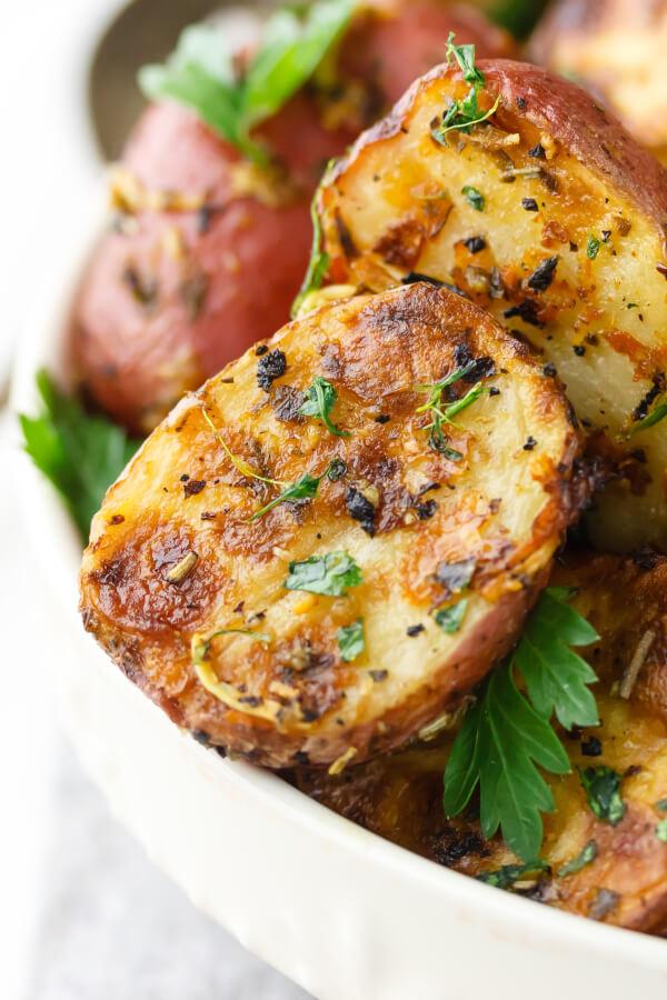 Lemon-Parmesan-Garlic-Roasted-Potato-Recipe.jpg
