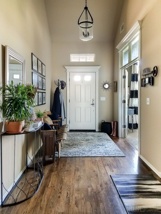 Beautiful-foyer