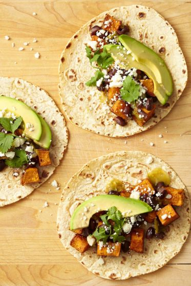 gallery-1494956254-danielle-occhiogrosso-sweet-potato-black-bean-tacos-0617
